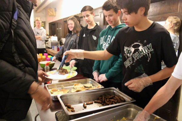 Holy Family Students Serve the Homeless Featured Image.