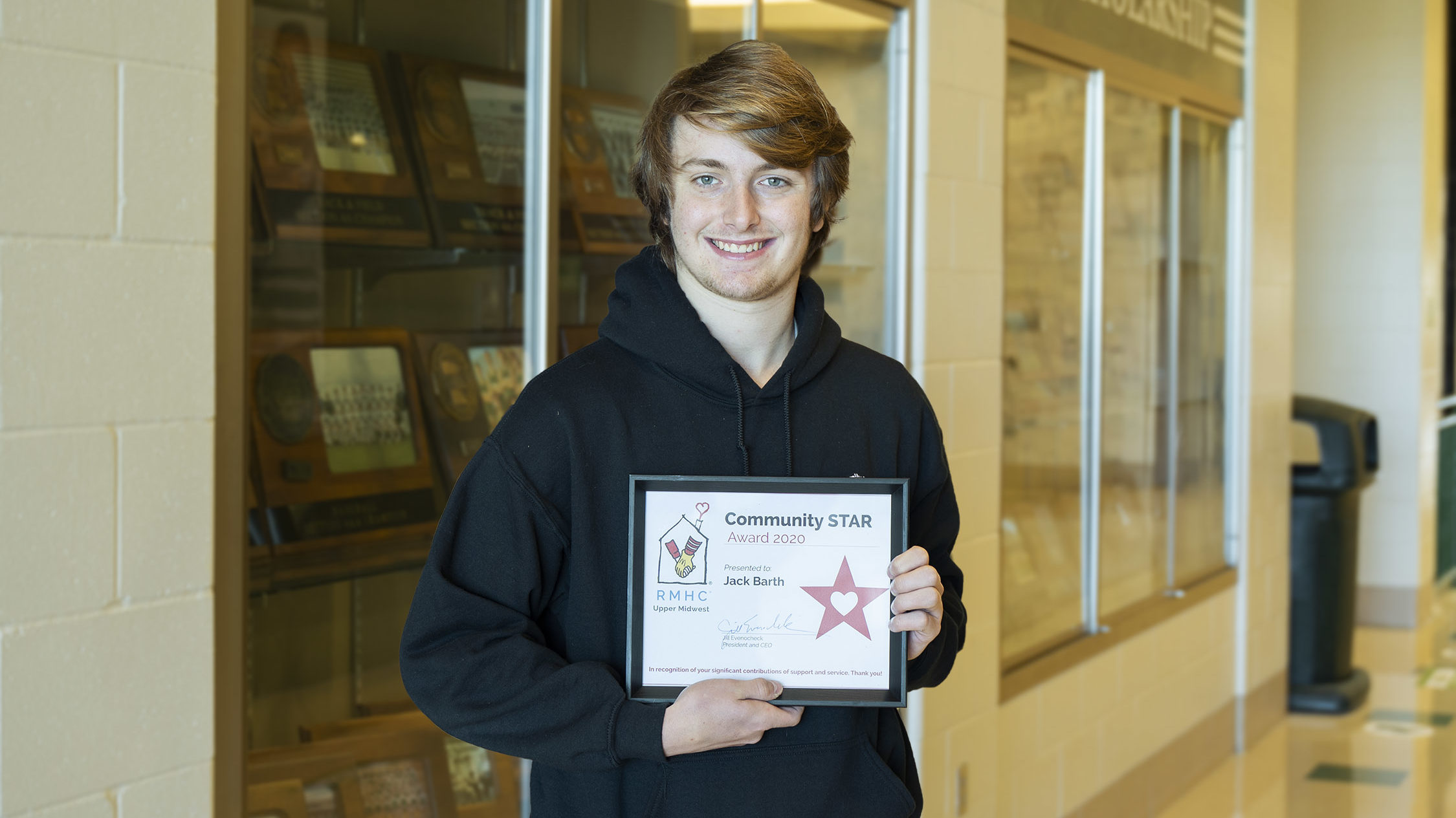 Barth Receives Community Star Award Featured Image.